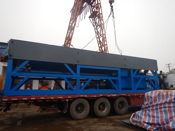 Transporting batching machine